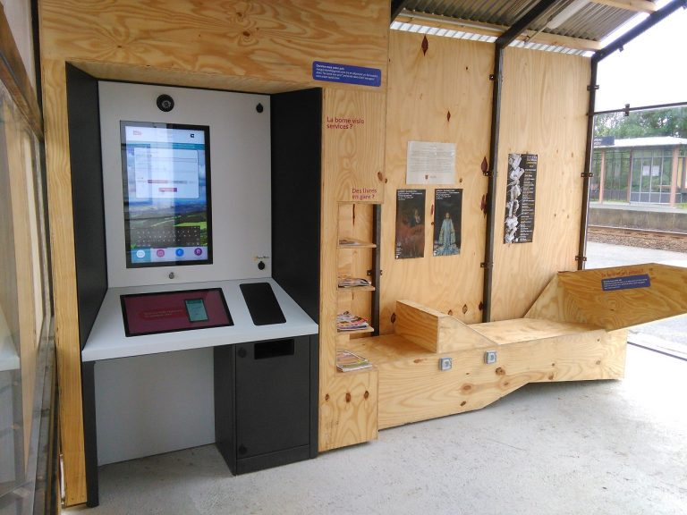 Borne interactive expérimentale